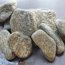Сив овален камък