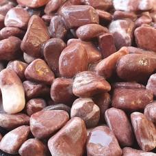 Червен полиран камък - размер 4 - 8 мм